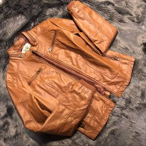 Faux leather tan Jacket in New condition!!!